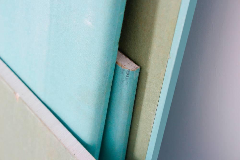 pose de plaque de pl tre accoustique dans une villa toulon var pose de cloisons et faux. Black Bedroom Furniture Sets. Home Design Ideas
